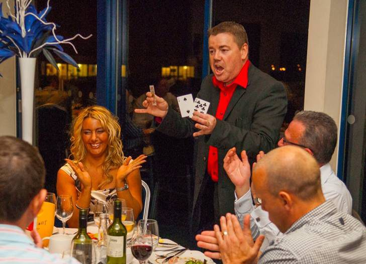Abracadabra - It's magic with Andy's Magic Wedding Magician
